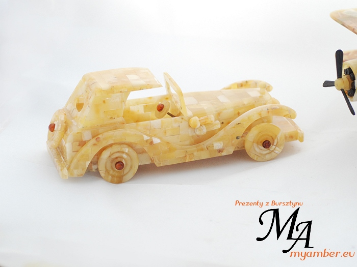 auto z bursztynu samochód bursztynowy my amber alkor gdynia prezenty dla firm